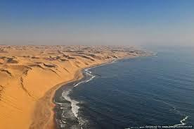 رمال الشاطئ